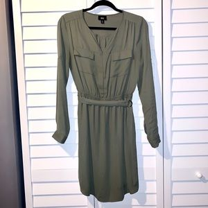 Flow belted dress